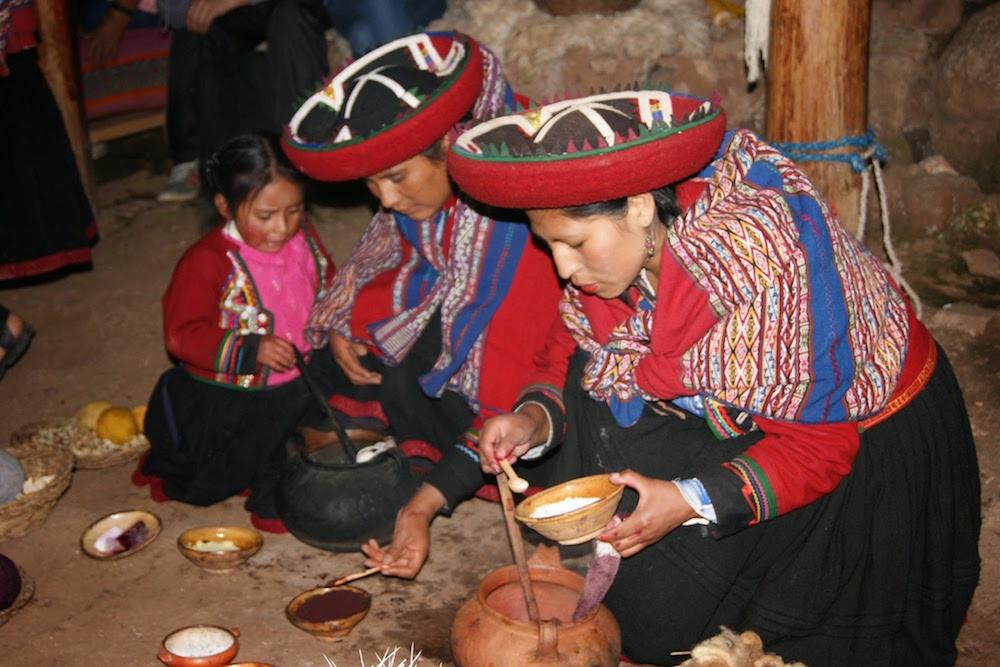 coloration traditionnelle de laine Alpaga Pérou