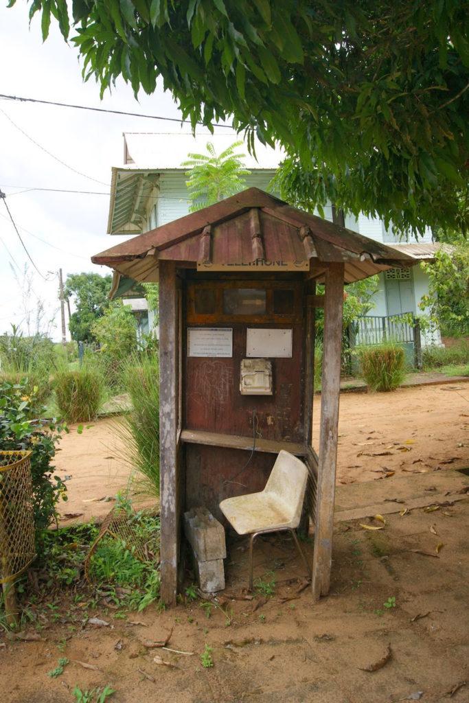 Cabine téléphonique Kaw