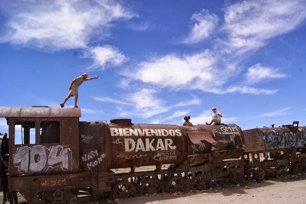 cimetière de trains salir d'uyuni bolivie