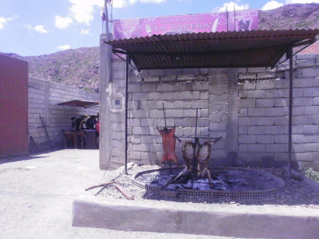 cochons à la broche tupiza Bolivie