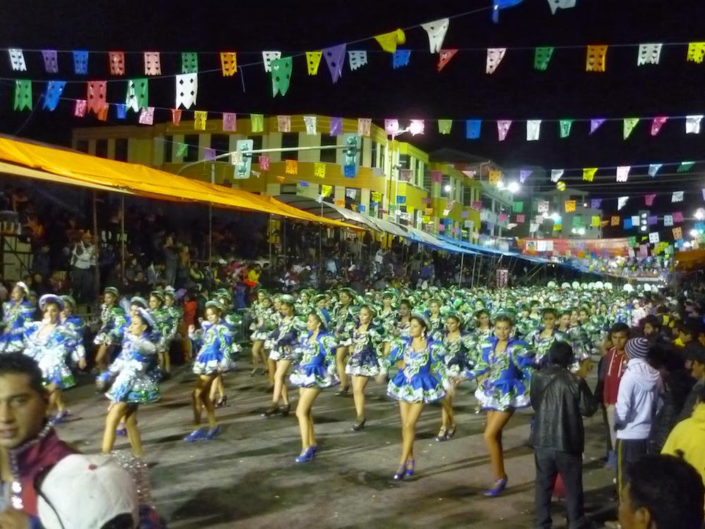 danseuses bleues carnaval oruro bolivie