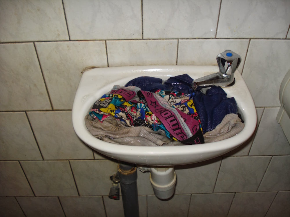 linge lavabo suriname voyage