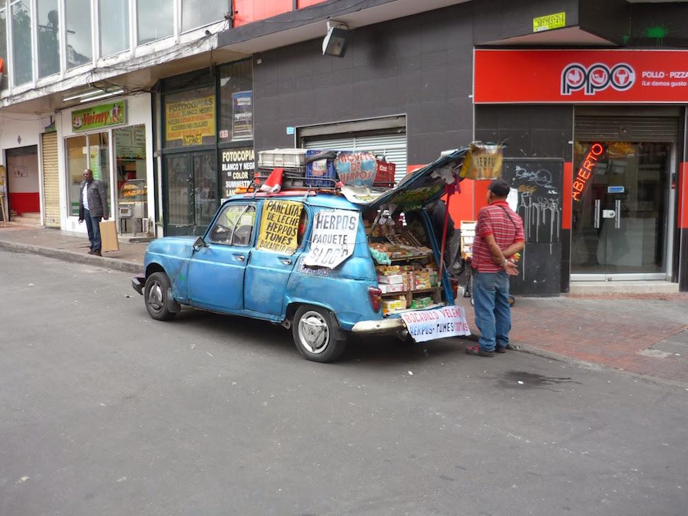 4L magasin dans les rues de Bogota Colombie