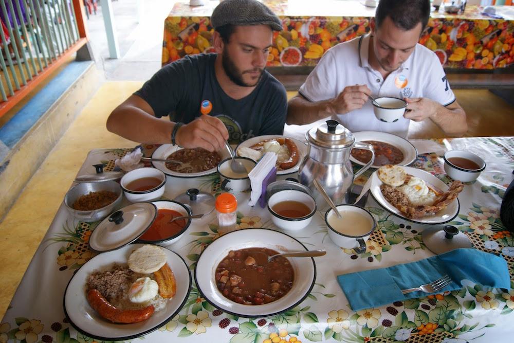 Repas du Cafetero après la récolte Colombie