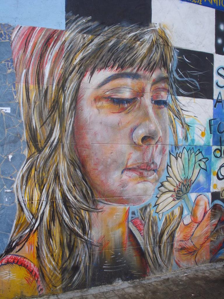 street art jeune fille bogota