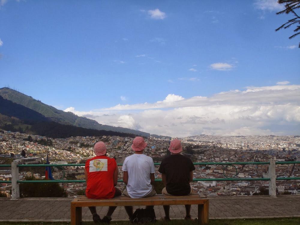 vue de la ville de quito Equateur