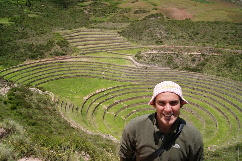 bob cochonou à l'amphithéâtre de moray - urubamba