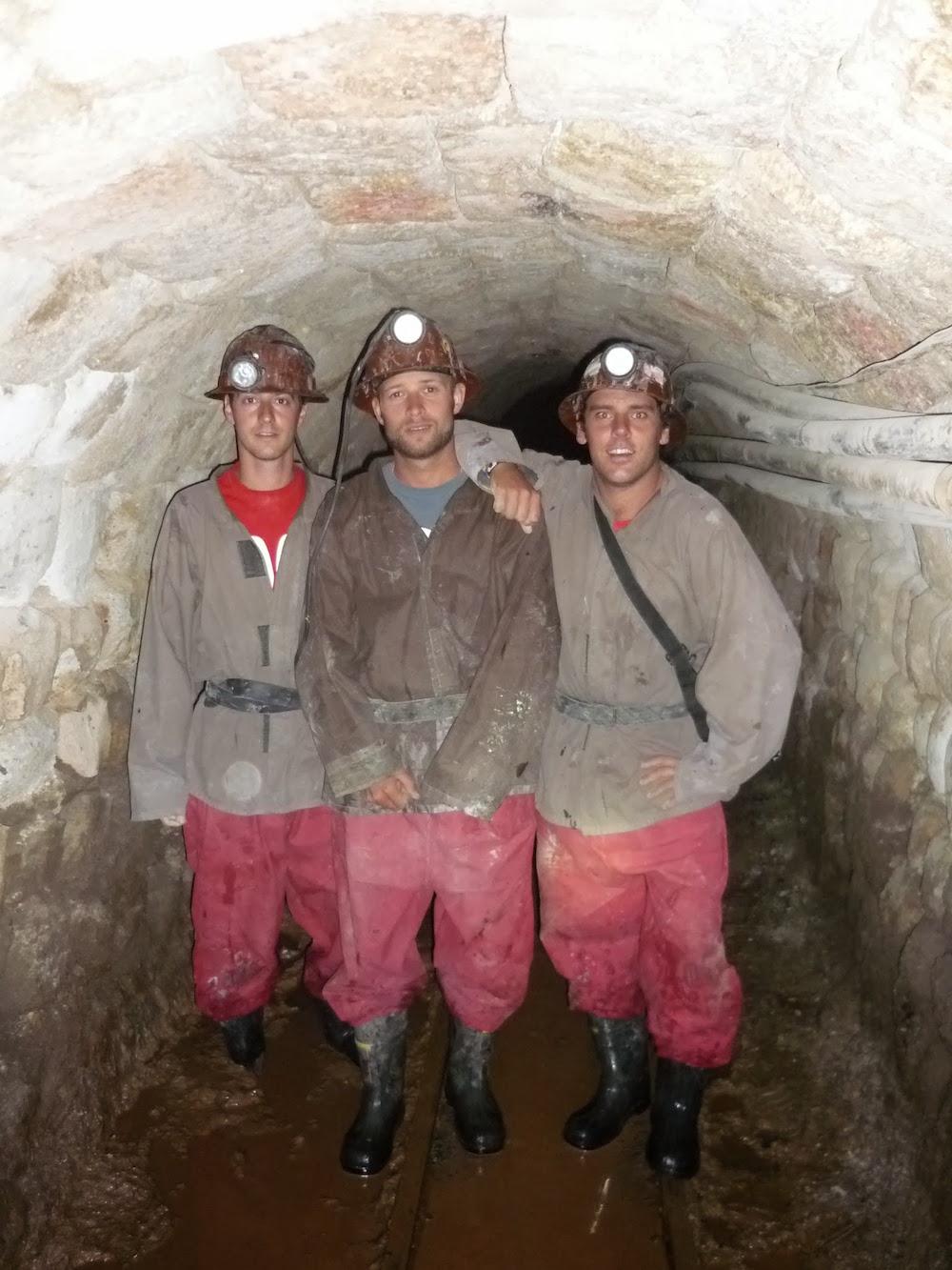 aventuriers-mineurs-mine-de-potosi-bolivie