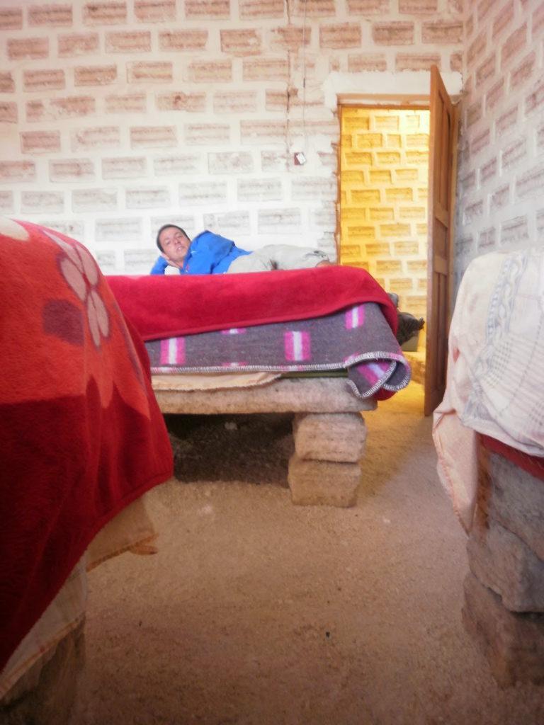 lit en sel et hotel au salir uyuni en Bolivie