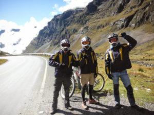 equipe-de-champions-route-de-la-mort-bolivie