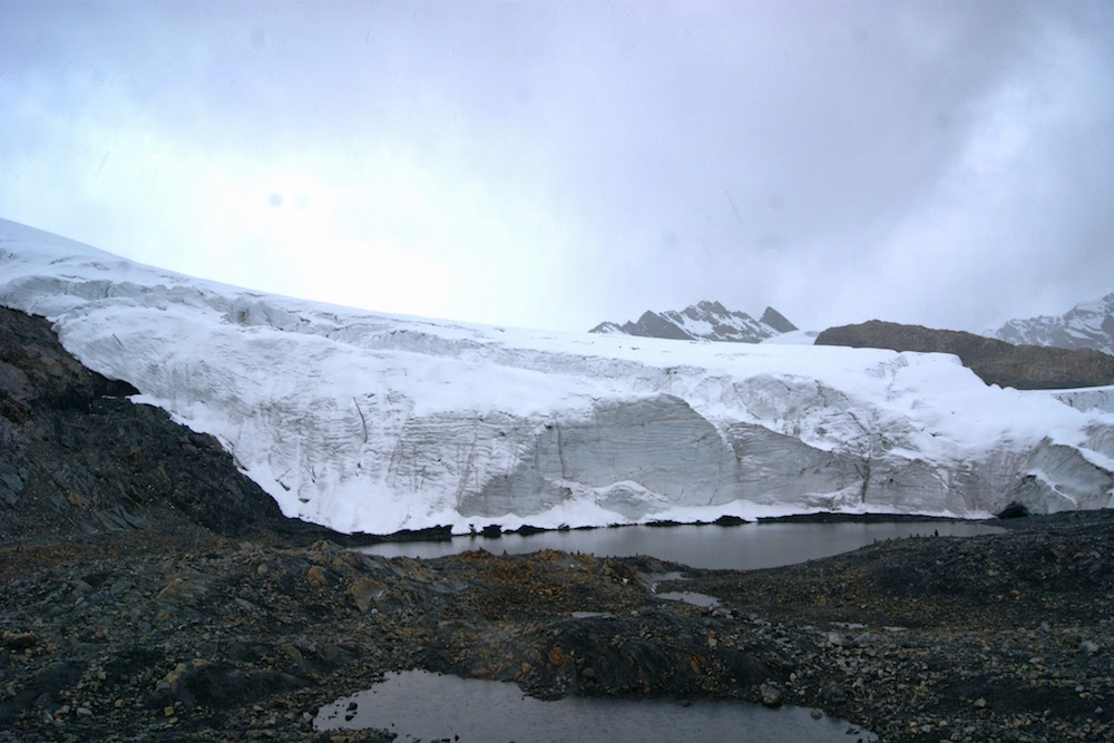 glacier de pastoruri Pérou 5400m - parc huascaran
