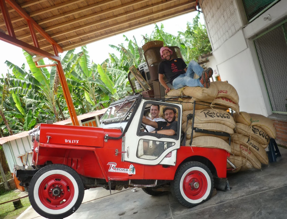 Jeep willis transport de café Recuca Colombie - zona cafetera