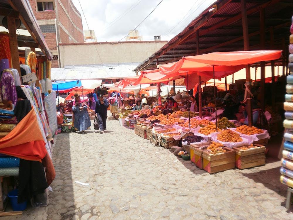 marché aux fruits à la paz en bolivie