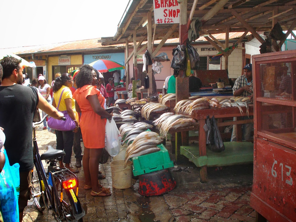 marché au poisson paramaribo Suriname