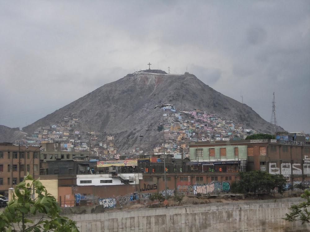 montagne lima Pérou