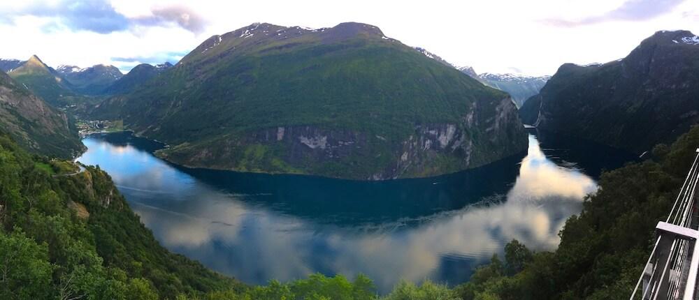 vue haute du geiranger fjord