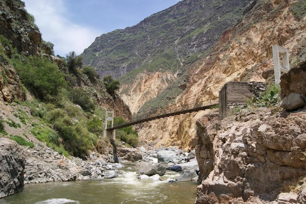rio colca canyon de colca Pérou